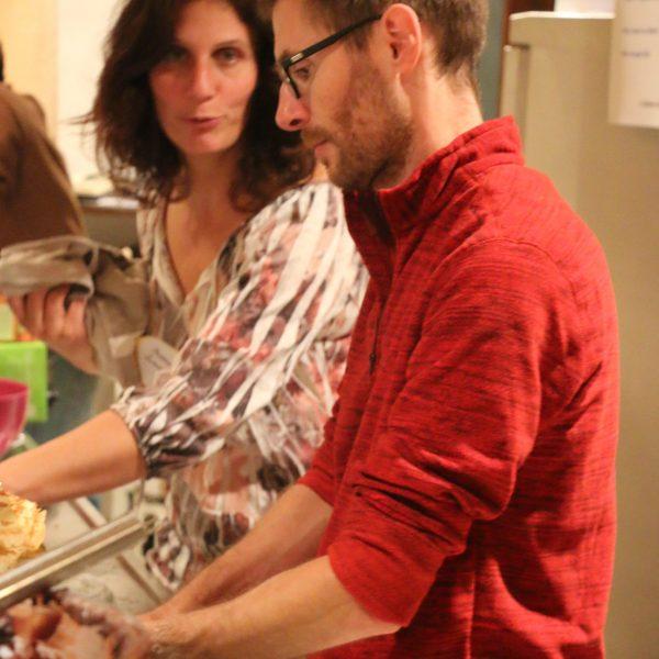 Gateaux, boissons, crêpes, tisanes. Avec Marie-Laure et Jean-Francois ici.